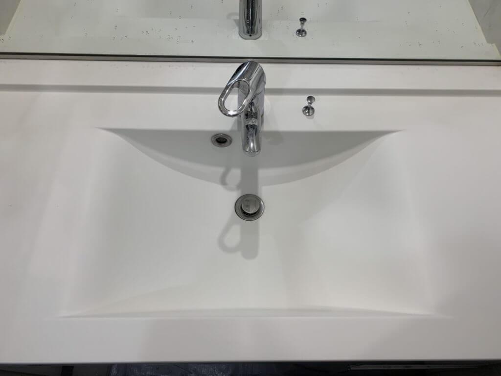 洗面台の傷取り