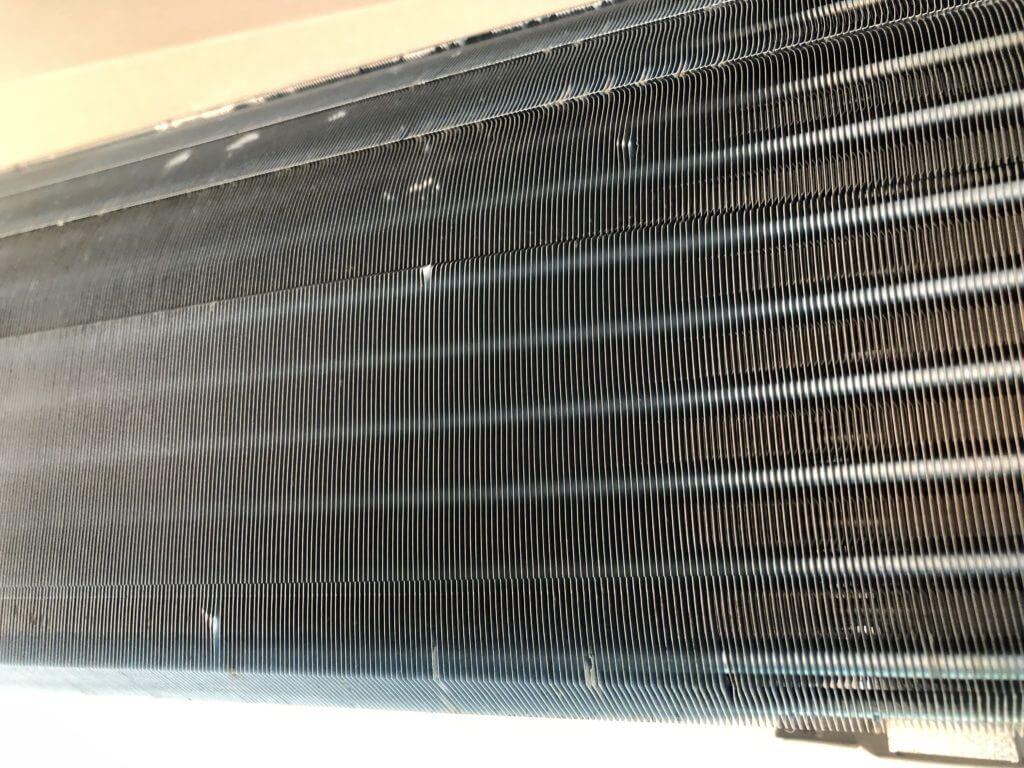 エアコンクリーニング後の熱交換器